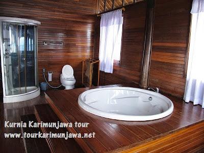kamar mandi master suite nirwana resort karimunjawa