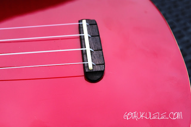 Fender Zuma Ukulele bridge