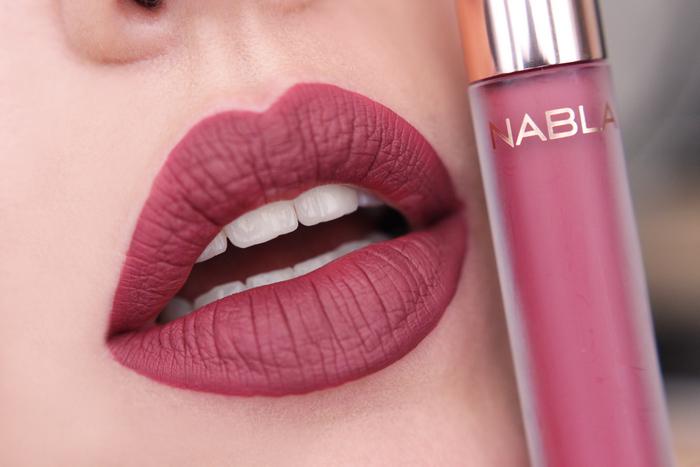 nabla matte liquid lipstick Kernel