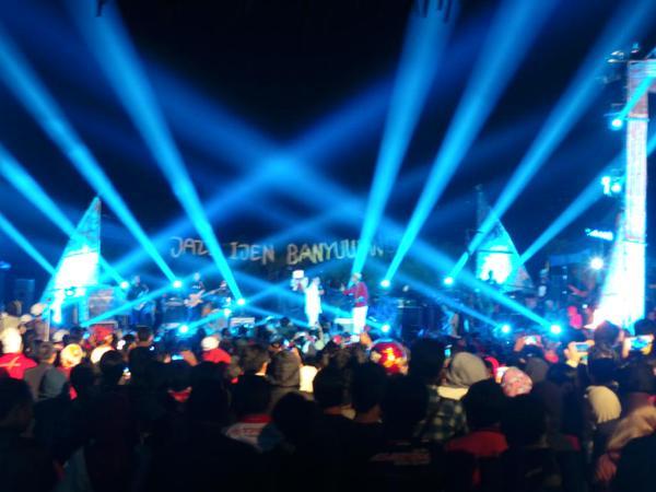 Konser Jazz Ijen Banyuwangi 2015 untuk kemanusiaan.