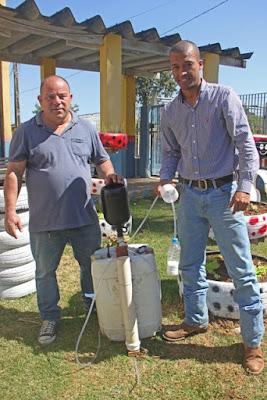 Estagiário da Prefeitura de Registro-SP implanta  sistema de irrigação solar nas hortas escolares
