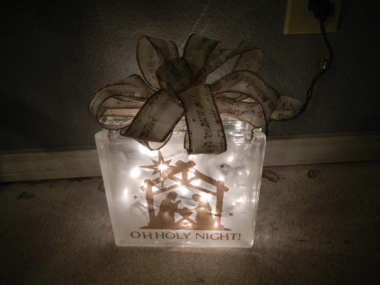 Mrs.Crafty Teacher: Lighted Christmas block