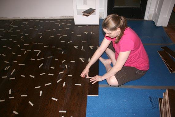 remodelaholic installing a floating wood floor living room update