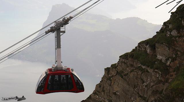 Bondinho Dragon Ride para chegar ao Monte Pilatus, Suíça