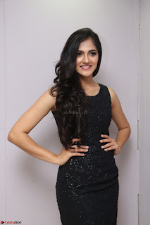 Simran Chowdary Model in Beautiful Black Dress at FBB Miss India 2017 finalists at Telangana auditions (3).JPG