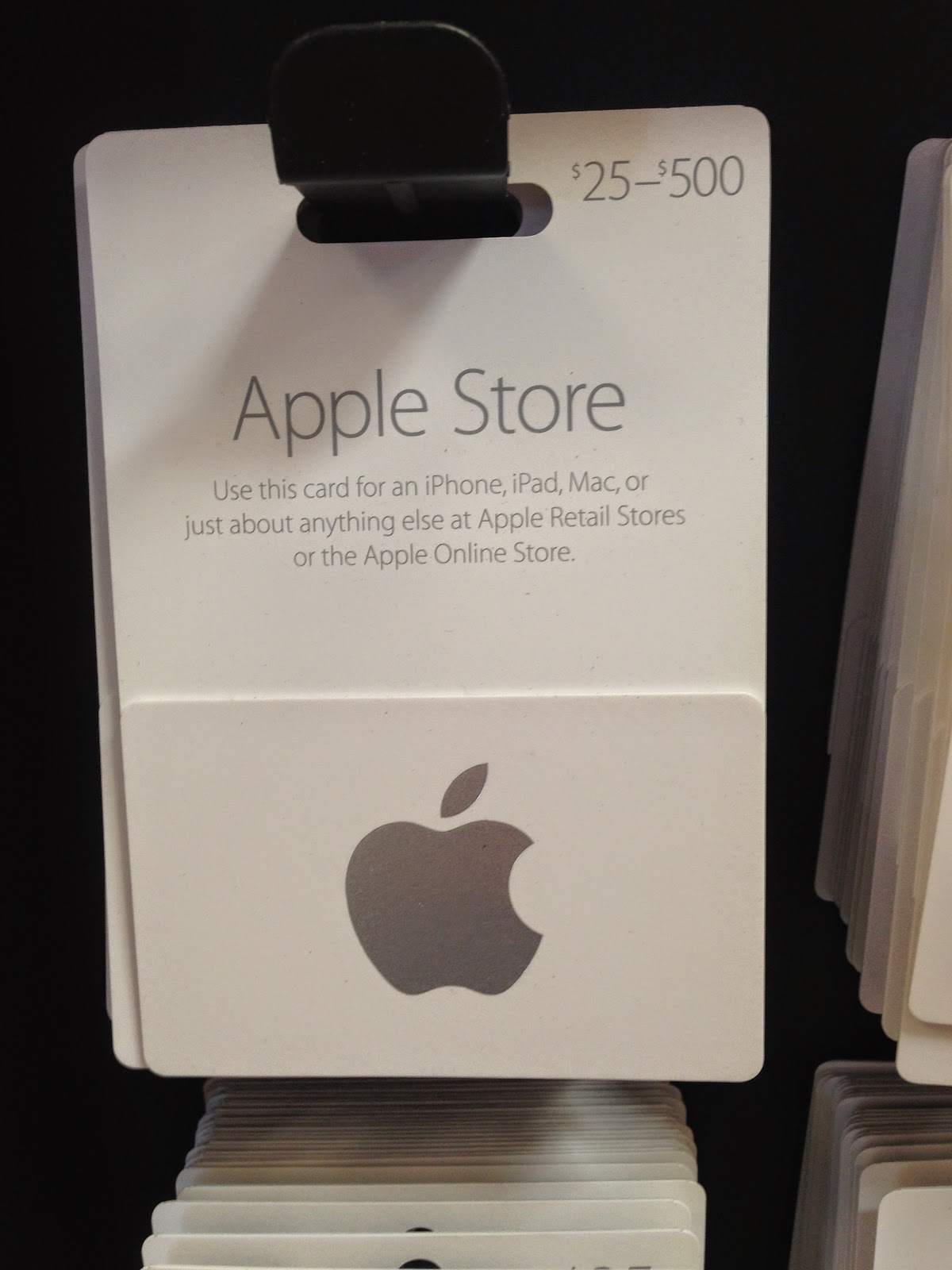 tech talk 4 geeks apple store gift cards based on iphone colors. Black Bedroom Furniture Sets. Home Design Ideas