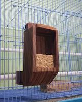 Tempat Pakan Burung Lovebird Ternak Kandang