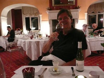 resto dit vin pau