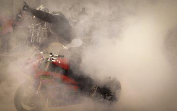 Wallpaper: Motorcycle burnout
