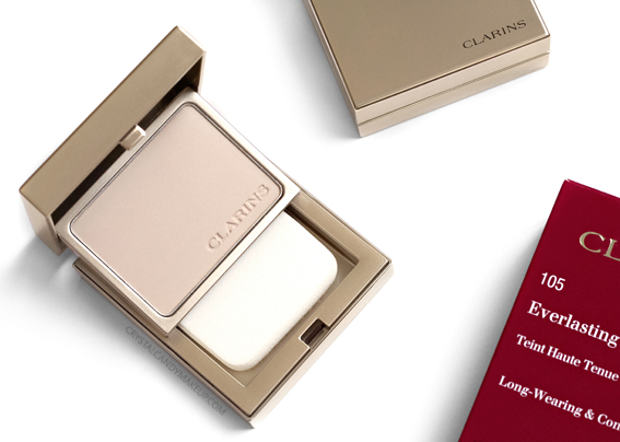Clarins Everlasting+ Compact Powder Foundation Review Swatches Before After 103 105