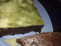 Resep Brownies Matche Latte dengan 4 Bahan Sederhana