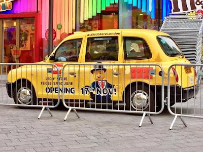 #LEGOStoreLondon Taxi