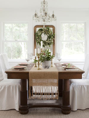 Simple Uncluttered Dining Room Farmhouse