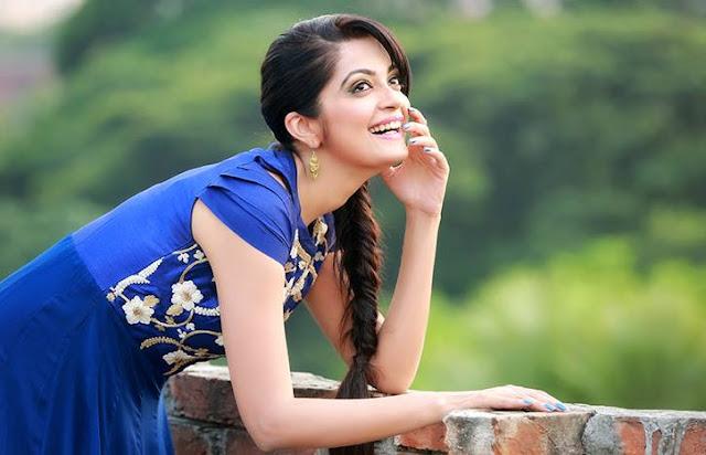 Sheena Chohan Smile