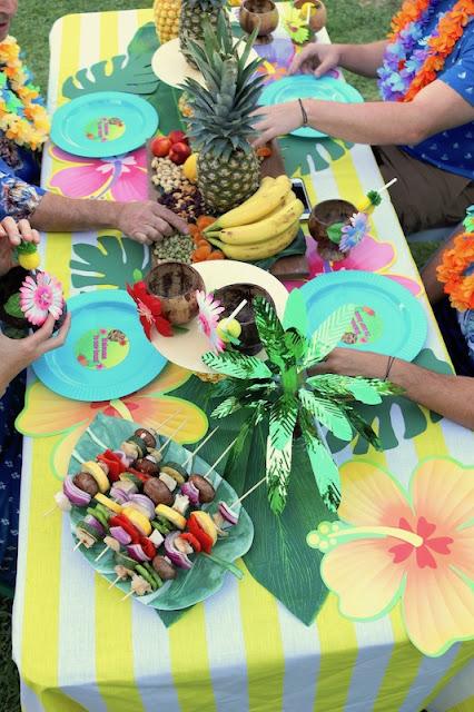 Summer Luau Party Ideas Laura S Little Party