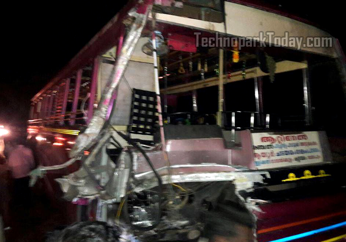 Technopark Angamaly KSRTC Bus Accident At Ayoor, 3 Techies