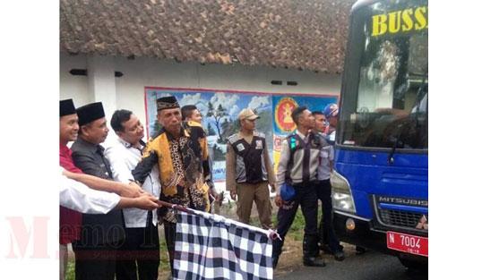 Bupati As'at meluncurkan Bus Sekolah Gratis