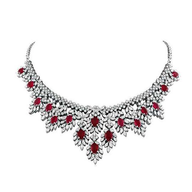 Red sparkle diamond necklace by VelvetCase.com- Rs. 10,45,269