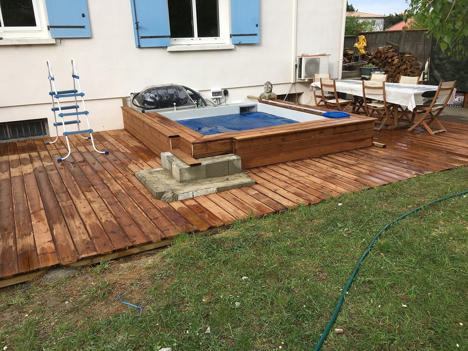 Fin de l 39 habillage du spa b ton construction d 39 une for Ab construction piscine