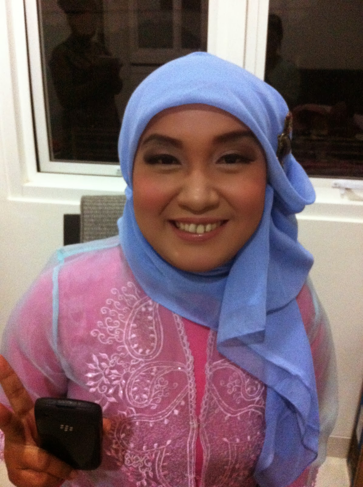 Oputcakra: Makeover Hijab : Peachy Pink Make up : Make Up