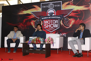 Tiger Shroff Launches Mumbai International Motor Show 2017 023.JPG