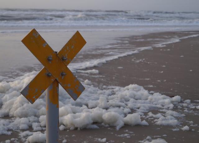 Wenn man Weihnachten ans Meer ginge. Ein Gedicht auf Küstenkidsunterwegs für die, die das Meer lieben und Weihnachten mal einen klaren Kopf brauchen.