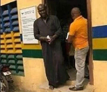 Lagos Police Detectives Nabs Fake King, Oriade Of Iranmiyi Kingdom, Adeyemi II ...See Photos