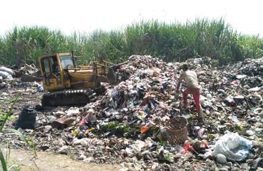 pengolahan sampah di ciledug cirebon rusak lingkungan