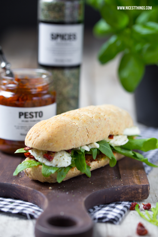 Italian Homemade Panini Sandwich with Mozzarella, Rucola, Sundried Tomatoes / Baking Bread / Nicolas Vahé