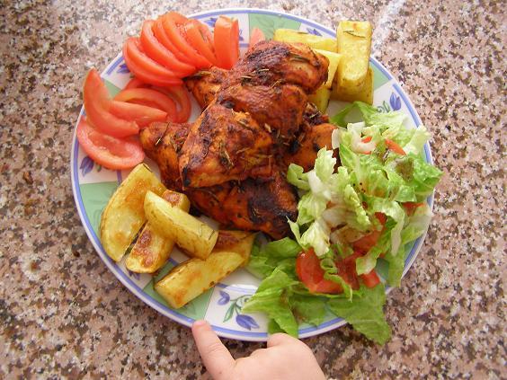 طريقة تحضير دجاج مصلي و سلاطة خضراء