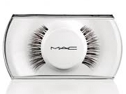 36 Lash, Miss Piggy Range for MAC