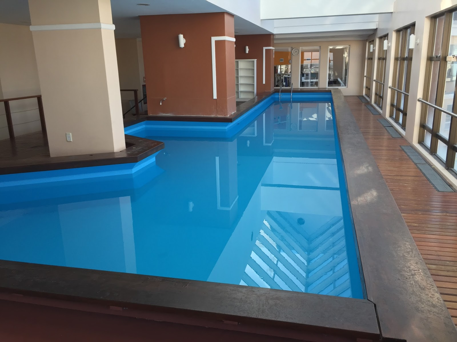 Piscina do Intercity Hotel em Caxias so Sul