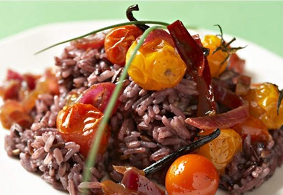 Riz Violet Aux Tomates Confites Et Aux Épices