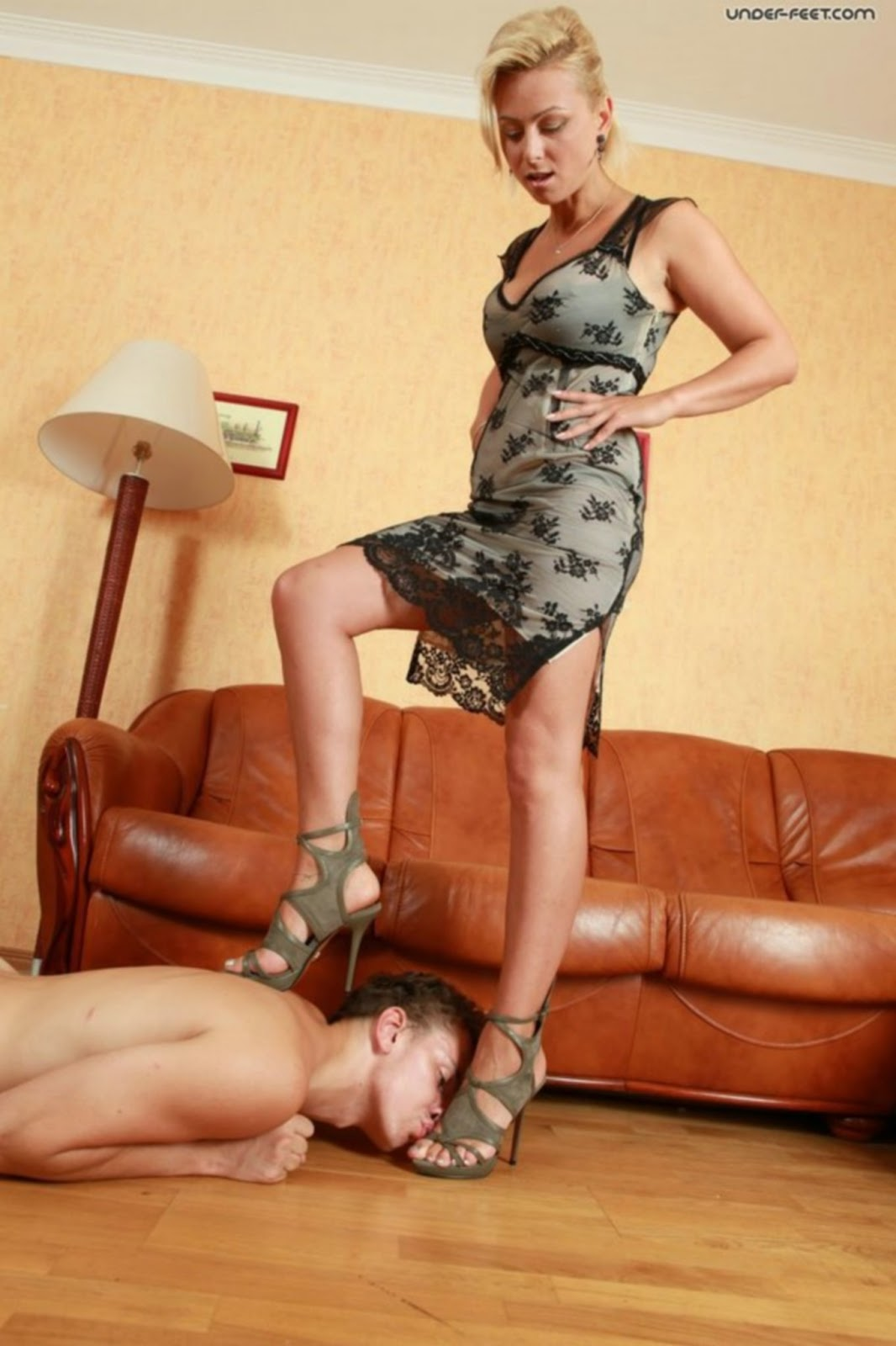 Male and female slaves made to fuck 10