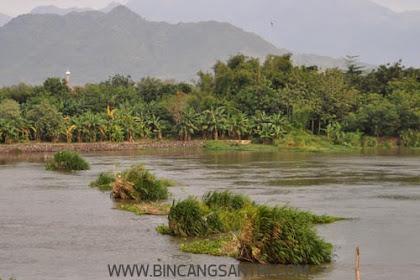 Seorang Santriwati Tenggelam Di Sungai Brantas