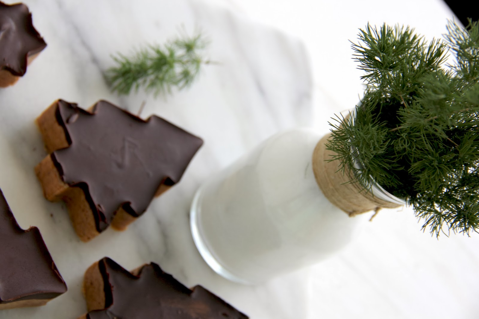 Fashion Gourmet: Peanut Butter And Chocolate Christmas Trees
