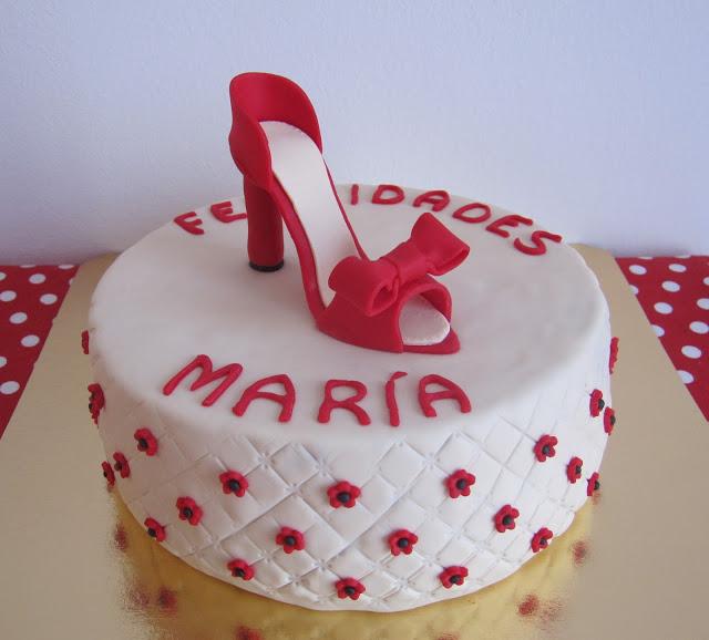 http://jaritascookies.blogspot.com.es/2013/12/tarta-zapato-rojo.html