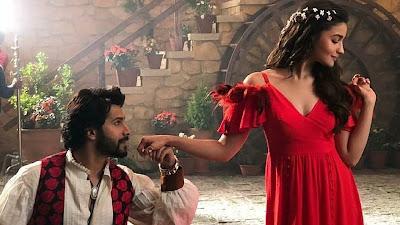 Varun Dhawan & Alia Bhatt Pose HD Image