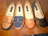 Sepatu wanita murah dalam beragam warna