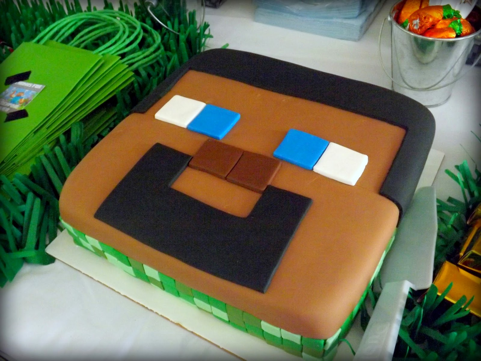 He Was Dying To Have A Minecraft Party Wanted Fondant Covered Cake I Went Work Get It Right