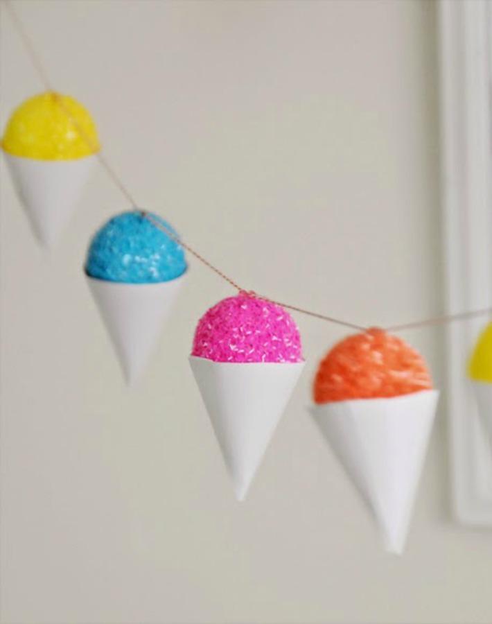 Decoraci n f cil diy guirnalda de helados para una fiesta - Decoracion de helados ...