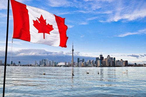تقديم طلبات الهجرة إلى كندا مع الشروط والخطوات