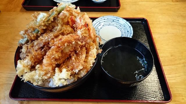 海鮮天丼(大)の写真