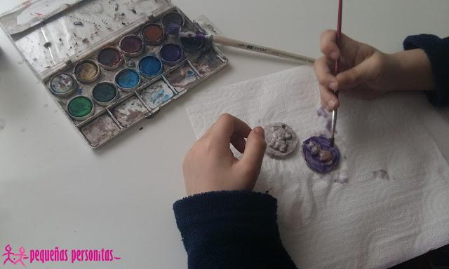 DIY, colgante con pasta de modelar, pasta de modelar, pasta al aire, colgante, manualidades, manualidades infantiles