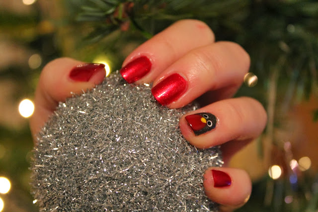 Christmas Nail Art - Red Robin