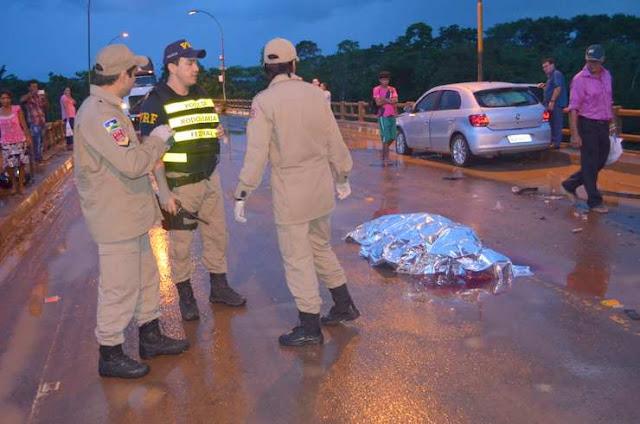 Acidente violento entre carro e moto mata 2 jovens na Ponte do Rio Jaru