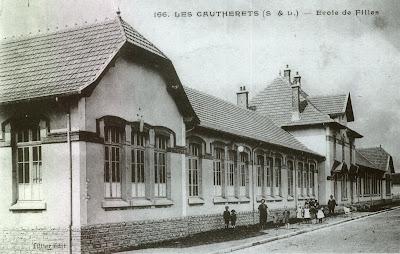 Ecole spéciale de filles des Gautherets vers 1925 (collection musée)