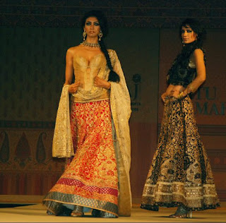 spectacular-indian-bridal-lehenga-designs-by-ritu-kumar-4