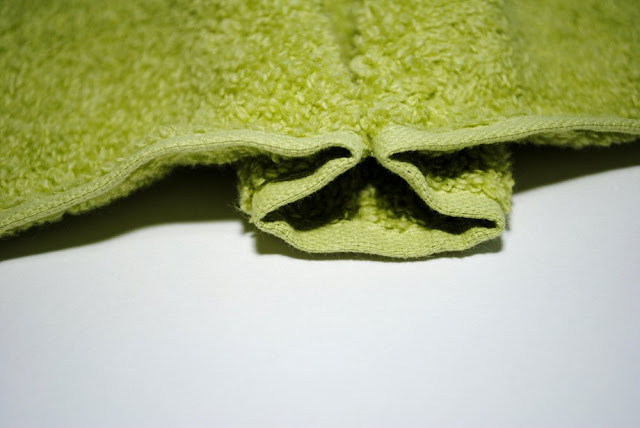 How to make a frog hooded towel