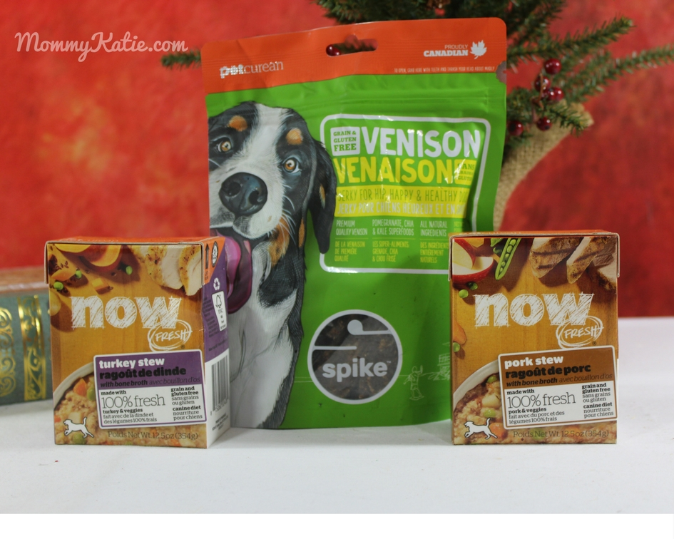 Holiday Guide: Celebrating the Holidays and Staying Warm with Petcurean